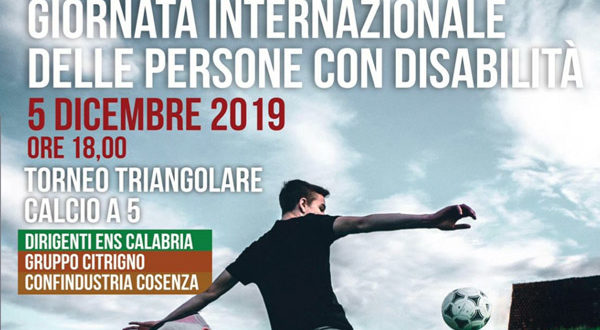 """""""Torneo triangolare di calcio a 5 del sociale"""" al Palasport """"Ferraro"""" di Cosenza"""