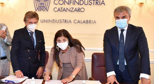 Calabria prima regione che firma protocollo con Unindustria in tempo di Covid